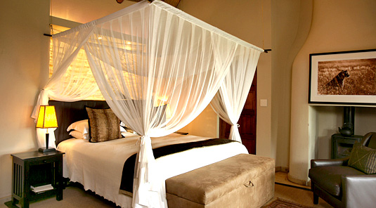 Impodimo Game Lodge - Madikwe Game Reserve - Luxury Suites