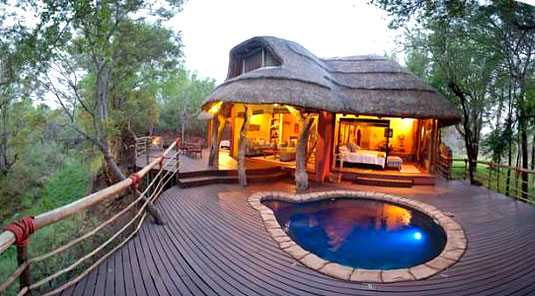 Jaci's Safari Lodge - Madikwe Game Reserve - Nare Suite & Deck