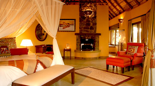 Motswiri Safari Lodge - Luxury Bush Villa - Madikwe Game Reserve