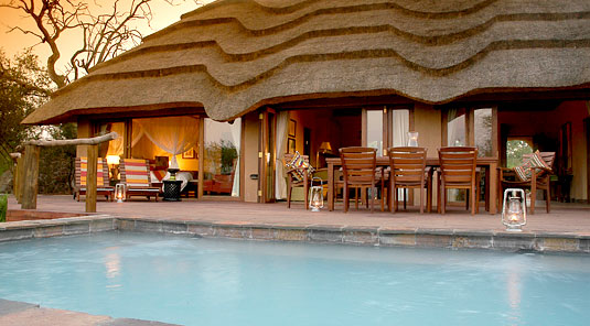 Motswiri Safari Lodge - Main Lodge & Swimming Pool - Madikwe Game Reserve