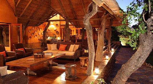 Madikwe Game Reserve - Rhulani Safari Lodge - Main Lodge Lounge