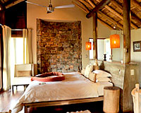 Buffalo Ridge Lodge - Madikwe Game Reserve Lodge Accommodation