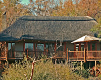 Etali Safari Lodge - Madikwe Game Reserve Lodge Accommodation